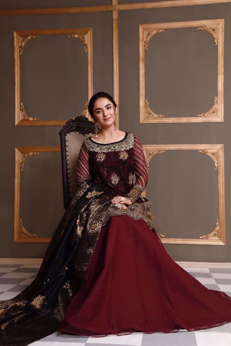 """Picture of The very charming @YumnaZaidiofficial dons the hot favorite """"Riwayat"""" from our unstitched Wedding Festive collection"""