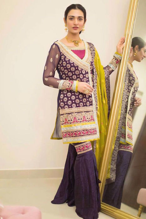 Picture of The graceful Sarah Khan strikes a pose in one of our most popular designs Riwaaj