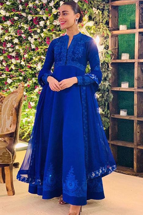 Picture of Sadaf Kanwal looks breathtakingly beautiful in our customised formal gown