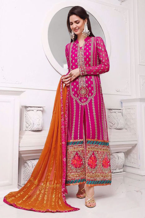 Picture of Madiha Imam is a total head turner in this design from ZC Wedding Festive' 20 unstitched collection.