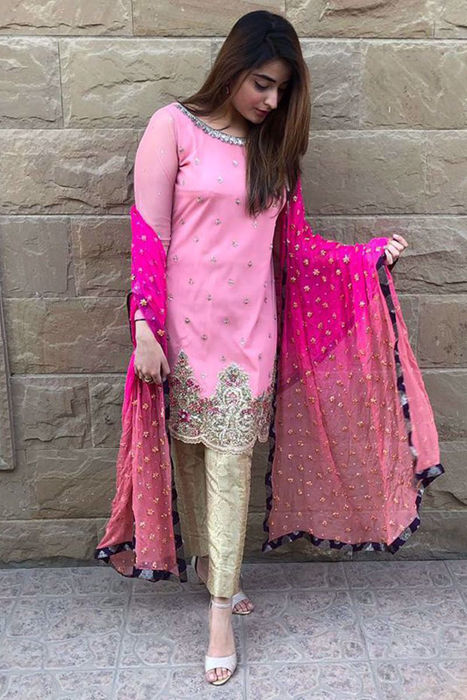 Picture of Absolute head turner! @huma_jabbarsaya1 stuns in our formals design